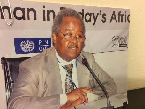 Ebenezer Njoh Mouelle Accuse De Plagiat