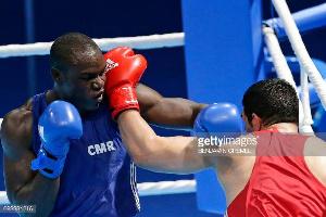 Arsène Fokou s'est qualifié en battant le Colombien Cristian Salcedo par KO technique