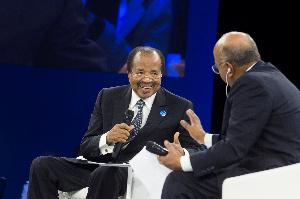 Paul Biya , panéliste au forum sur la paix en France