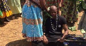 Amobe Mevegue en parfaite communion avec les ancêtres