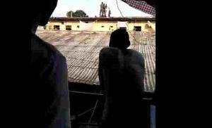 Un détenu tente de se suicider
