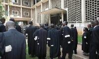 Le barreau du Cameroun ne s'est pas encore prononcé sur ces deux disparitions