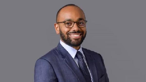 Gabon: le fils aîné d'Ali Bongo Ondimba prend les commandes à la Présidence