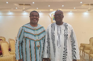Le président Burkinabé en compagnie de se son conseil le camerounais Thierry Hot