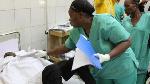 Des Infirmières S'occupent D'un Blessé