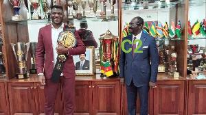 Francis Ngannou champion MMA