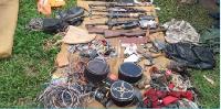 Des armes saisies auprès de combattants amazoniens