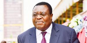 Le journal humilie le ministre camerounais