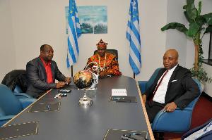 Dr Sako Samuel président par intérim de l'Ambazonie et ses collaborateurs