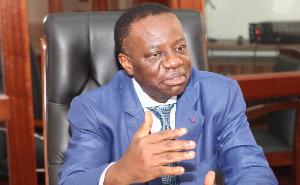 Fame Ndongo, un ministre très proche de Biya