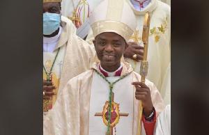 Emmanuel Dassi est le 4 ème évêque du diocèse de Bafia.