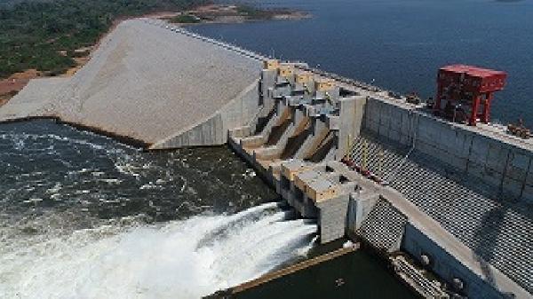 Le barrage de Bini à Warak , qui s'étendra sur 82 KM2