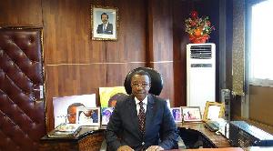 Charles Ndongo, DG de la CRTV, montre que le Président Paul Biya est un Grand Président