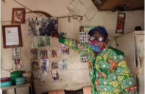 Mathieu Njassep, 81 ans, chez lui à Douala en juillet 2020