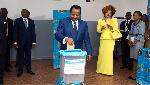 Sortie de Dika sur les élections: un journaliste de JeuneAfrique crucifie Biya et son système