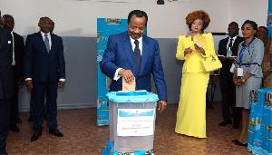 Paul Biya a une main mise sur les institutions électorales