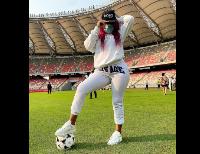 Muriel Blanche a visité le stade Jopama aux cotés de Samuel Eto'o et Samuel Dieudonné Ivaha Diboua