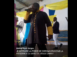 Le bishop Nzali Serge  en pleine évangélisation