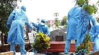 'Au Cameroun, la politique contamine la lutte contre le Covid'