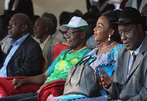 Maurice Kamto et d'autres cadres de son parti