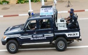 La constitution camerounaise reconnaît le multipartisme et la liberté d