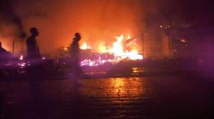Les sécessionnistes incendient des édifices en zone anglophone