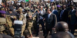 Paul Biya et sa garde rapproché