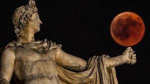 Il existe également trois types d'éclipses de Lune