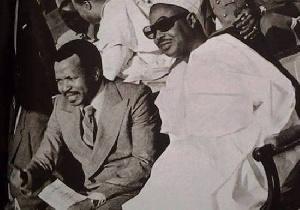Paul Biya et Amadou Ahidjo