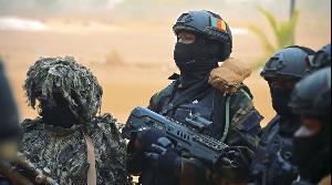Les soldats ont été déployés à Otu pour assurer la sécurité lors d'un match de football