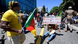 Les activistes anti-Biya appellent à l'aide
