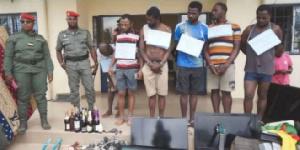 Ils ont été arrêtés à la suite des renseignements fournis par les populations