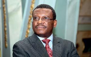 Paul Biya devrait limoger Dion Ngute