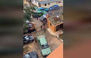 Les gendarmes ont procédé sur les lieux à l'arrestation de Ernest Obama