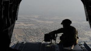 En Afghanistan cependant, la présence militaire occidentale disparaît