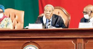 Marcel Niat Njifenji, président du Sénat