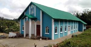 Un prêtre dénigre l'église offerte par le couple Atanga Nji