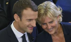 Macron Tacle.png