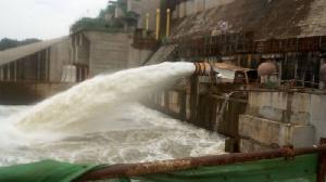 Le barrage de retenue d'eau
