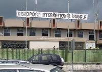 Les journalistes interdits d'accès à l'aéroport de Douala