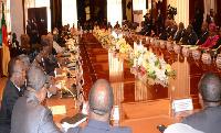 Ces incompétents qui dirigent le Cameroun