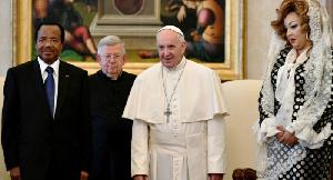 Le couple Biya en compagnie du Pape au Vatican