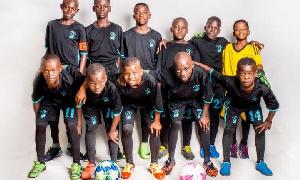 Ce club est basé dans l'arrondissement de Douala 2ème