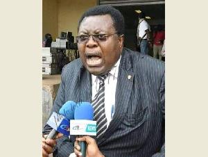 Jean de Dieu Momo, ministre dans le gouvernement de Dion Ngute