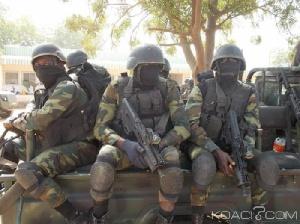 'Ils portent des armes pour défendre notre territoire'