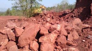 1,002 milliard de tonnes de bauxite