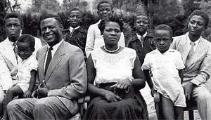 voici les puissantes familles qui 'gouvernent' réellement le pays
