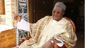 Paul Biya vole au secours du sultan Ibrahim Mbombo Njoya