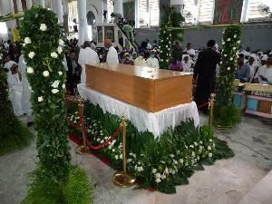 Les obsèques de Mrg Tumi