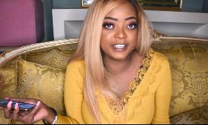 Brenda, la fille du président Paul Biya